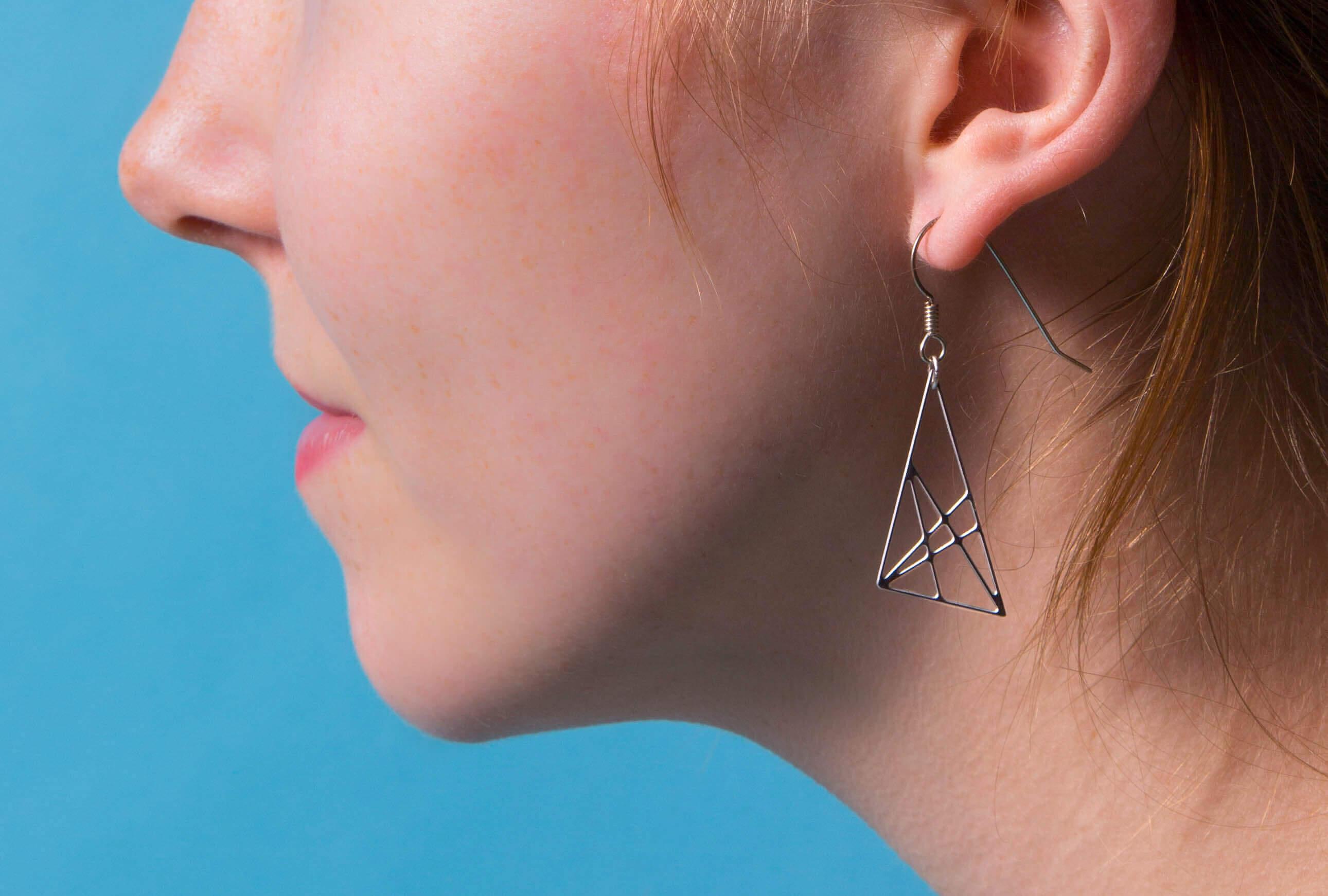 monad-earring