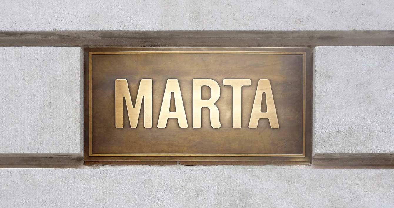 marta-plaque-1340x706
